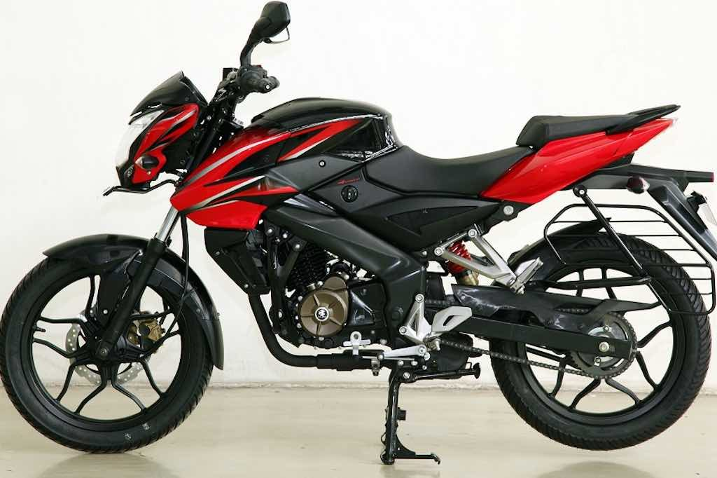 Bajaj Pulsar NS 160 reaches the showrooms silently