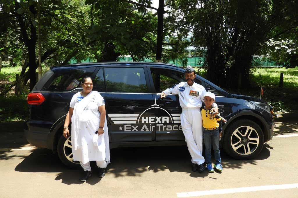 Ex Air Force Couple Start-off pan-India Drive for a Noble Cause in an Tata Hexa
