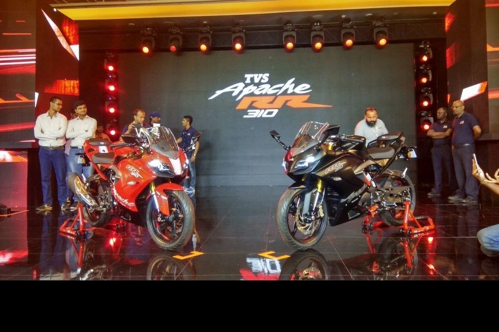 TVS Apache RR 310 unveiled in India at ₹2.05 Lakh,Deliveries to commence in January '18