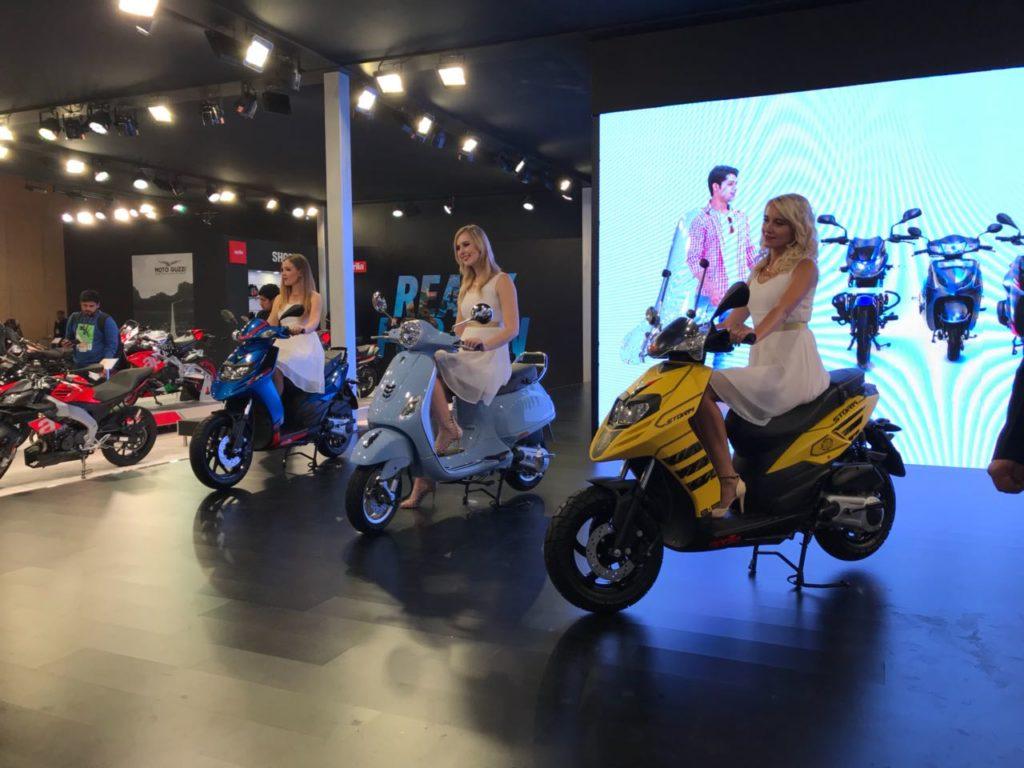 Auto Expo '16 : Piaggio unveils the Aprilia SR125 and the Aprilia Storm