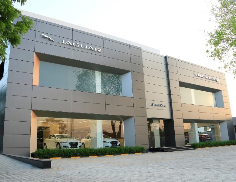Jaguar Land Rover Opens Brand New Dealership in Chennai