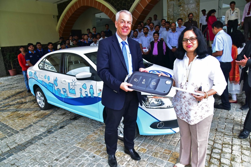 Volkswagen India Donates a Vento to the students of Symbiosis Skills and Open University