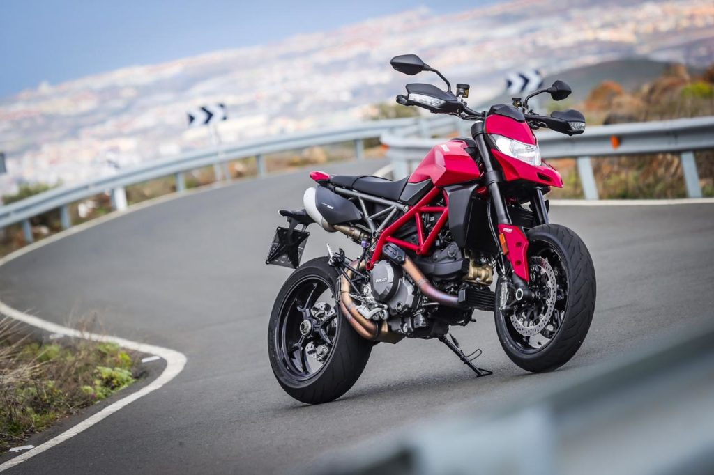 2019 Ducati Hypermotard 950 Launched at ₹11.99 Lakh