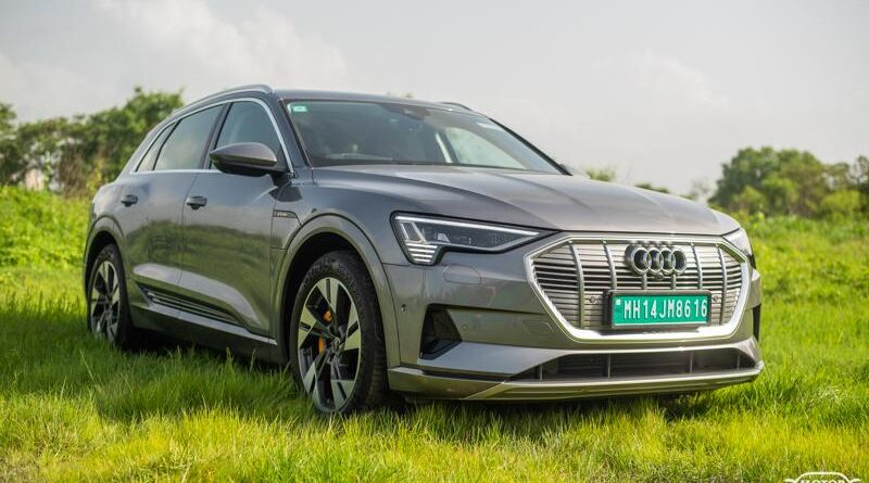 LIVE – Audi e-tron Electric SUV Launched in India at Rs. 99.99 Lakh